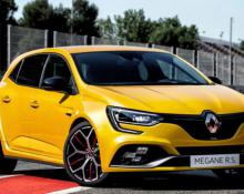 Renault Megane RS Trophy na avtoplin