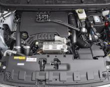 Peugeot 308 1.2 turbo na avtoplin