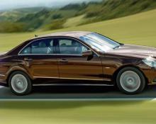 Mercedes E350 CGI na avtoplin