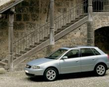 Audi A3 - 1.6 na avtoplin